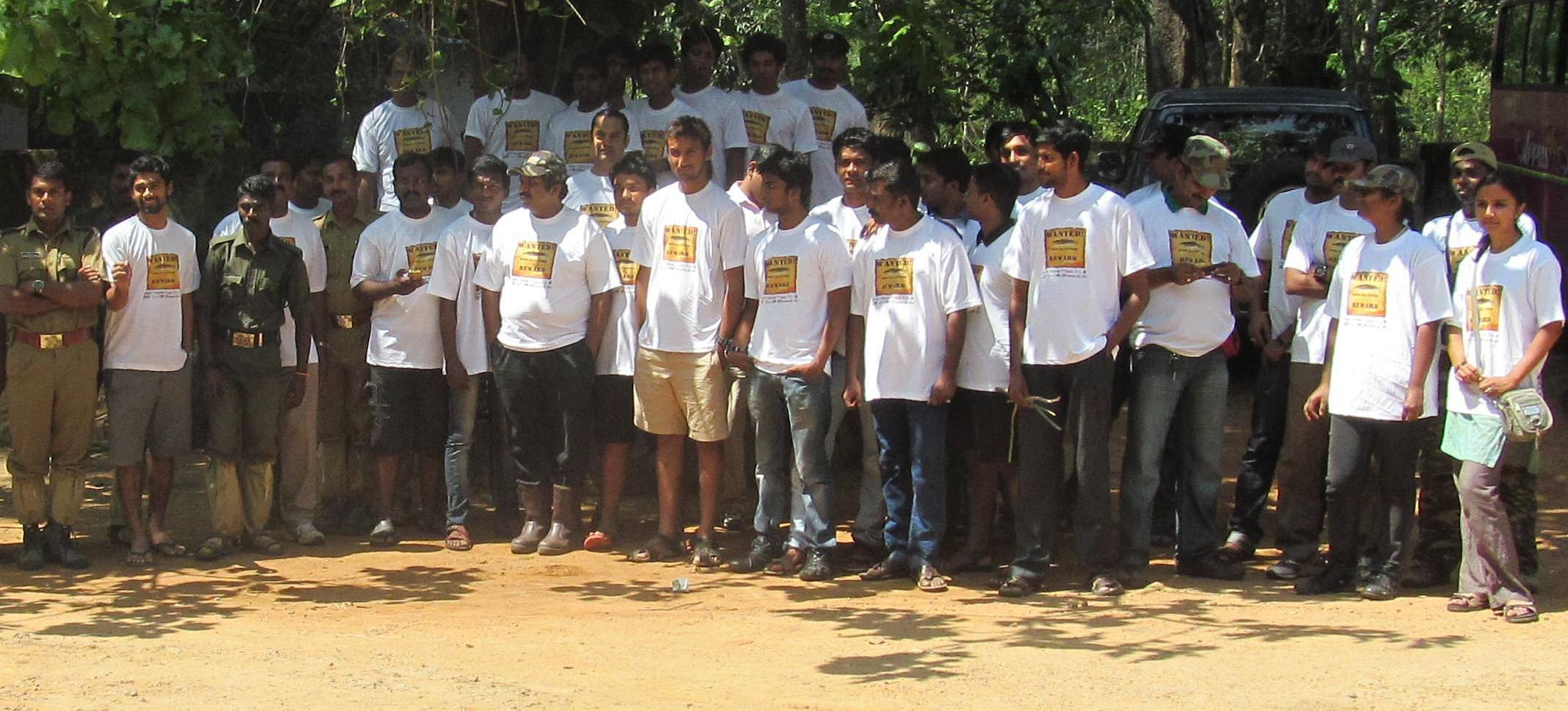 Participants of the 'Towards an Exotic Fish Free Periyar Tiger Reserve Campaign'  co-organised by the FFCNSA. The aim of  the event was to eliminate the alien fish, the African catfish, Clarias gariepinus - a major threat to endemic species. Photo: Rajeev Raghavan